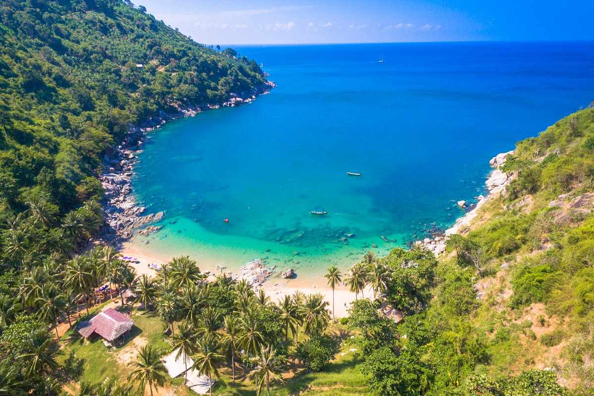 Nui Beach-Phuket Thailand-© shutterstock.com by thaisign